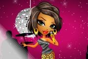 Popstar Sasha'yı Giydir